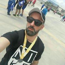 Vasileios es SuperAnfitrión.
