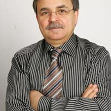 Ahmed-Ridha bir süper ev sahibi.
