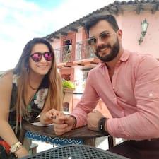 Gaston Y Gabriela