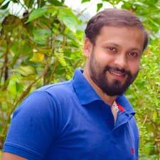 Charan felhasználói profilja