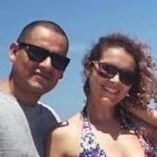 Το προφίλ του/της Erika & José