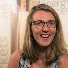 Sarah-Leigh User Profile