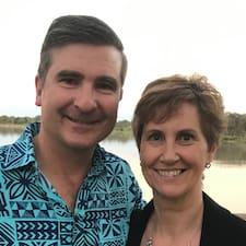Karen & Michael Superhost házigazda.