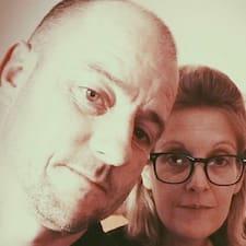 David Et Marie-Noëlle — суперхозяин.