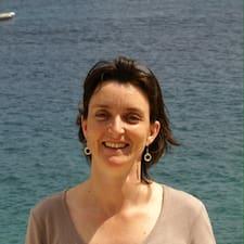 Anne-Sylvie User Profile