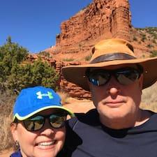 Profilo utente di Mike & Mary