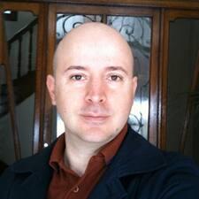 Dominique felhasználói profilja