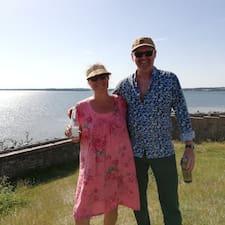 Susanne & Mogens is a superhost.