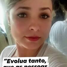 Monique Brukerprofil