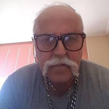 Arturo felhasználói profilja