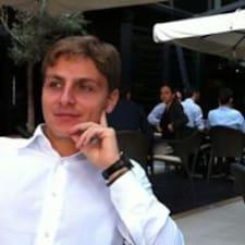 Gabriele felhasználói profilja