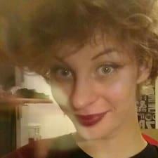 Justine Brukerprofil