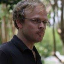 Dwight felhasználói profilja