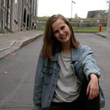 Jolianne Brugerprofil