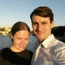 โพรไฟล์ผู้ใช้ Ian & Laura