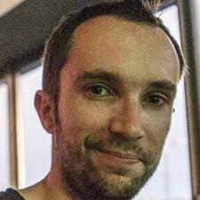 Profil Pengguna Etienne