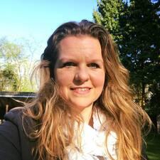 Daniëlle felhasználói profilja