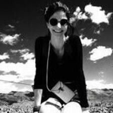 Viviane Claudino User Profile