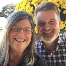 Profil Pengguna Sally And Alan