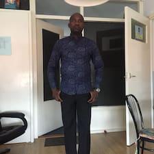 โพรไฟล์ผู้ใช้ Kayode Joseph