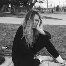 Carlyn - Uživatelský profil