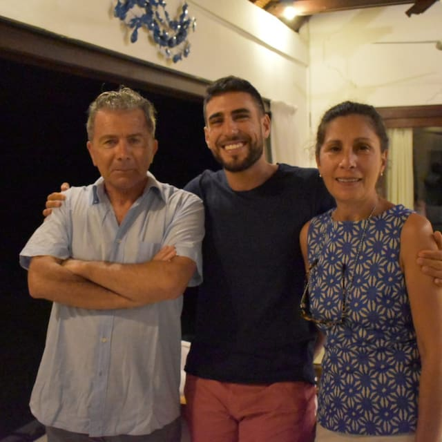 Gabriela , Osvaldo & Pablo User Profile