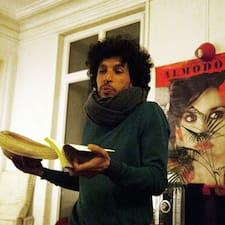 Henkilön Aziz käyttäjäprofiili