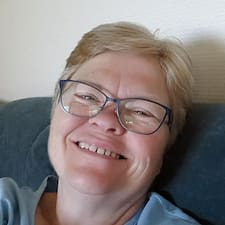 Karin Møller User Profile