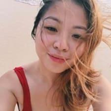 Elyzza User Profile