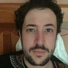 Azedine felhasználói profilja