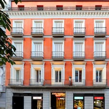 Axel Hotel Madrid - Adults Only ay isang superhost.
