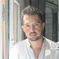 Miquel User Profile