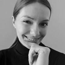Marta felhasználói profilja