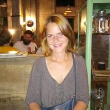 โพรไฟล์ผู้ใช้ Justine