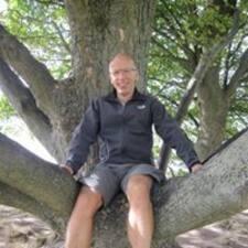 Profil Pengguna Henrik