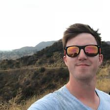 โพรไฟล์ผู้ใช้ Shane