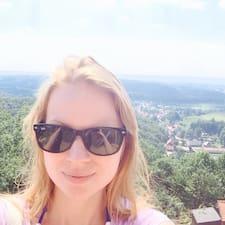Katharina (Nina)的用戶個人資料