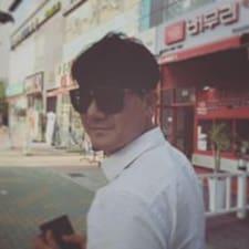 Профиль пользователя Myeong Jeong