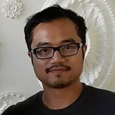 Lowell felhasználói profilja