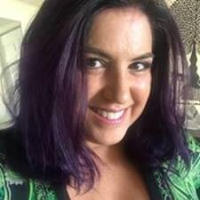 Profil korisnika Sallie