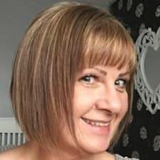 Profil Pengguna Lynn