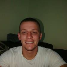Anthony felhasználói profilja