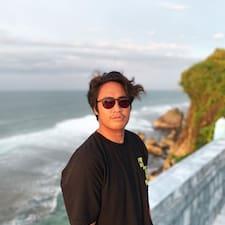Putu adlı kullanıcının profil fotoğrafı