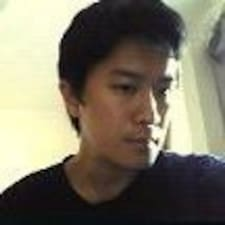 Adrian님의 사용자 프로필