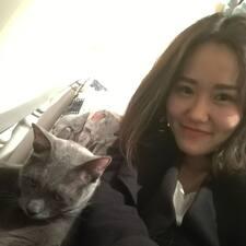 โพรไฟล์ผู้ใช้ Yihan