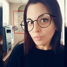 Profil Pengguna Chrissy