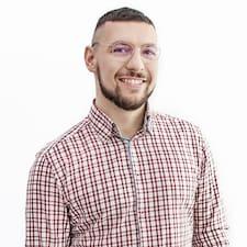 Konrad felhasználói profilja
