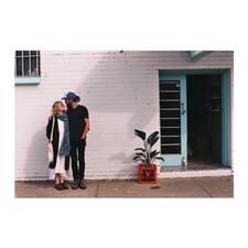 Maggie And Julian - Uživatelský profil