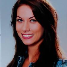 Profil Pengguna Simona