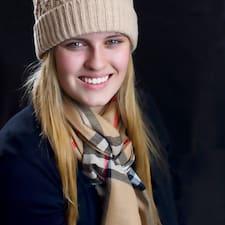 Henkilön Emma käyttäjäprofiili